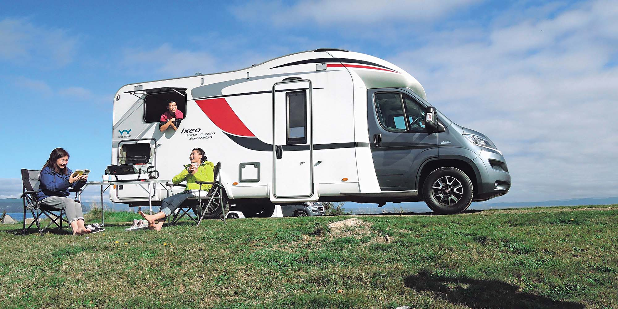 Get amazing journey with a RV!